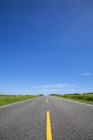 empty road and blue sky Stock Photo - 9701111