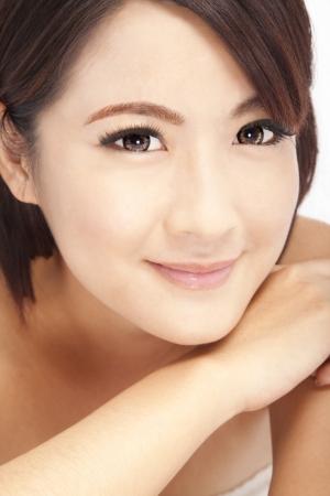 아름 다운 미소 아시아 여자