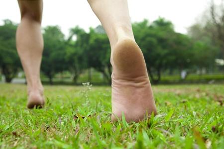 descalza: el hombre de jogging