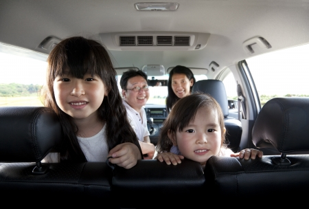 happy family in the car 스톡 콘텐츠