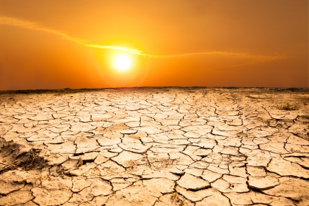 caliente: la sequía de la tierra y el clima cálido Foto de archivo