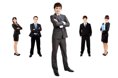 slimme Aziatische zakenman met business team