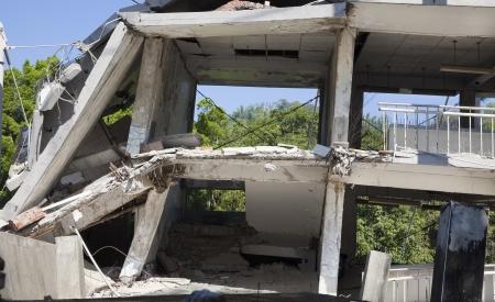 effondrement: ancien b�timent d�truit lors du s�isme Banque d'images