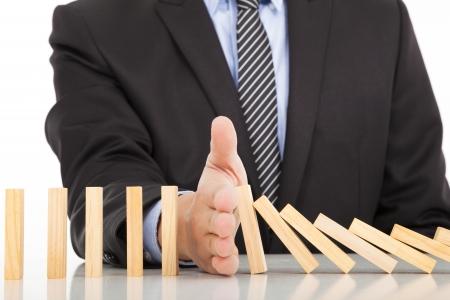 solucion de problemas: dominó parada mano de negocios continua derrocado