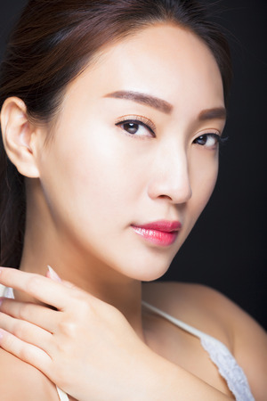 natural make up: closeup beautiful young asian woman face