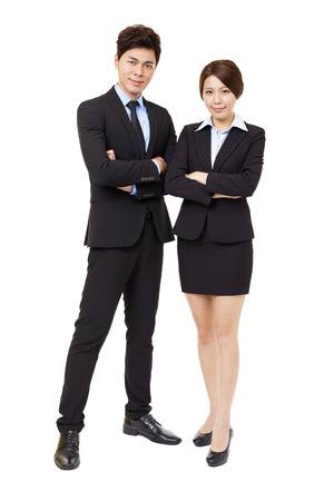 full length: volledige lengte zakenman en zakenvrouw op wit wordt geïsoleerd
