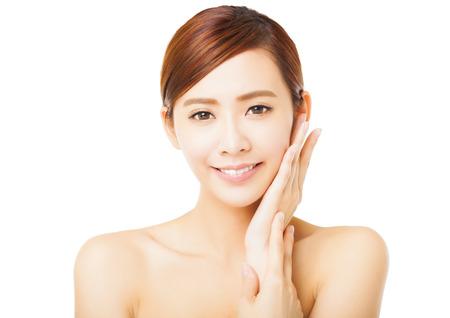 pretty woman: close-up van mooie jonge vrouw gezicht