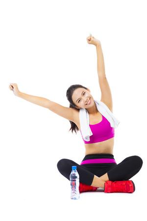 fitness: Retrato da mulher nova da aptidão Imagens