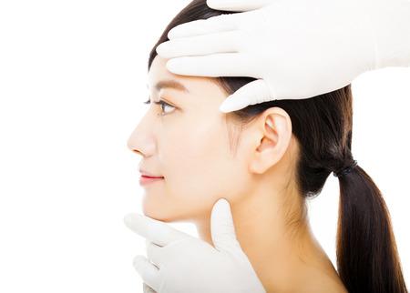 의료 아름다움 개념 근접 촬영 젊은 여자 얼굴 스톡 콘텐츠