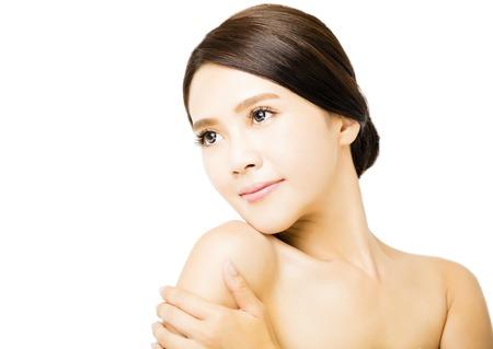 cabeza femenina: Primer de la cara joven belleza
