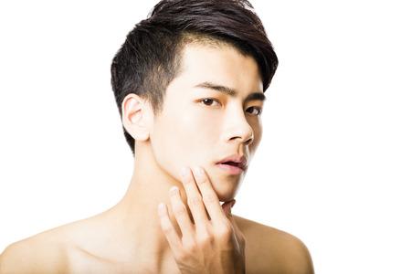 attraktiv: Nahaufnahme Porträt von attraktiven jungen Mann Gesicht