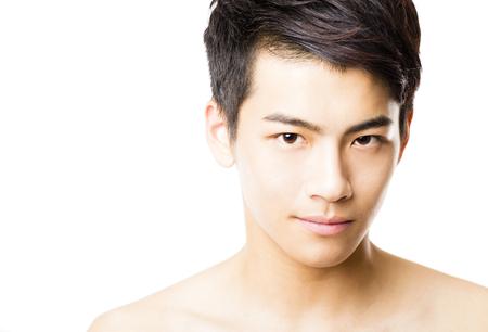 viso uomo: Primo piano ritratto di giovane uomo faccia
