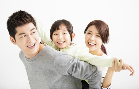 가족: 행복 매력적인 젊은 아시아 가족 초상화
