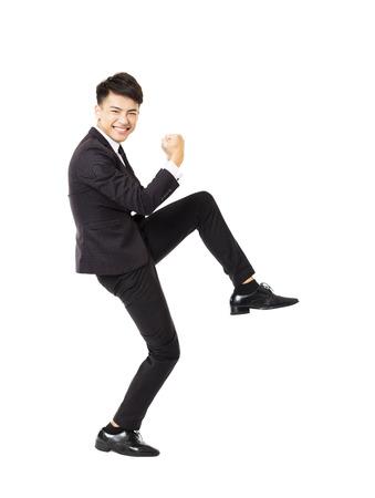 cuerpo hombre: joven hombre de negocios feliz con el gesto de éxito