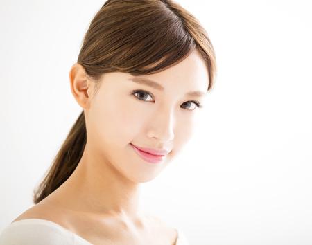 Primo piano bella giovane donna faccia asiatica Archivio Fotografico - 52584305