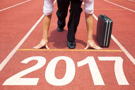 obchodník připraven ke spuštění a 2017 nový koncept rok Reklamní fotografie
