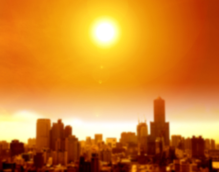 Vague de chaleur de l'été dans la ville et fond flou Banque d'images - 81283050