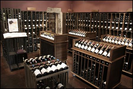 Wijn Kelder Stockfoto