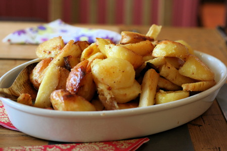 parsnips: Roast Potatoes and Parsnips