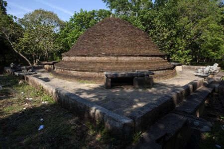 ancient near east: The ancient brick stupa at Lahugala Magul Mahavihara near Pottuvil on the east coast of Sri Lanka.