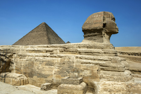 sphinx: The Pyramid of Khufu and the Sphinx in Giza, Cairo, Egypt.