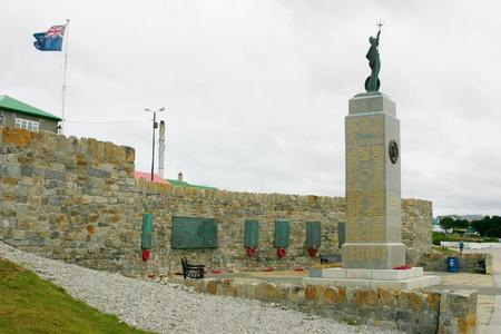 port stanley: Monument to fallen British soldiers in Falkland war, Port Stanley, Falklands