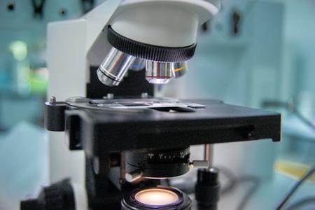Nahaufnahme mikroskop lizenzfreie fotos bilder und stock fotografie