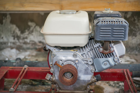 linkages: Small gasoline engine