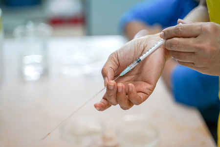 Cryopreservation sperm freezing storage in the capillary tube. 스톡 콘텐츠