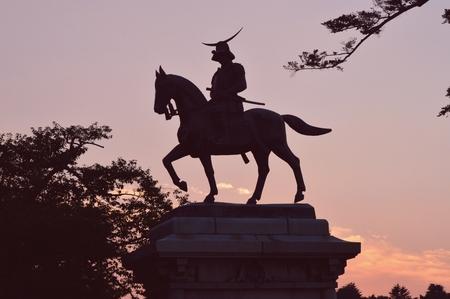 日付政宗の騎馬像