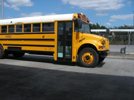 flashers: Autob�s escolar EE.UU. Foto de archivo