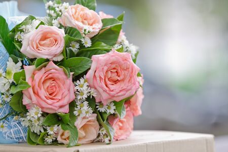 valentinas: beautiful  bouquet of pink roses before wedding Stock Photo