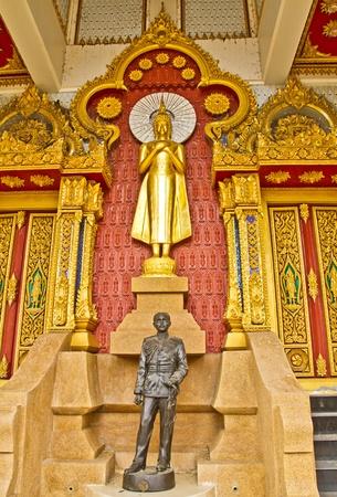 idolatry: Thai Buddha Golden Statue.