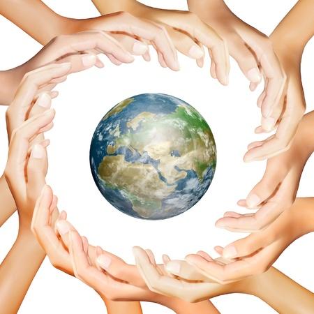 synergy: tierra en manos haciendo un c�rculo