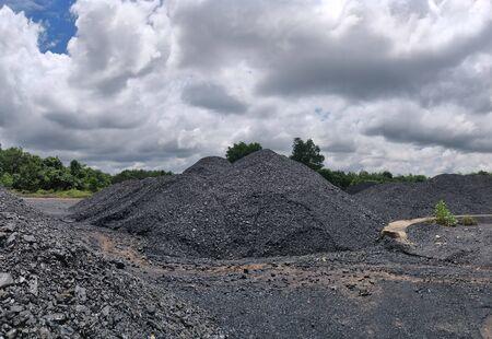 Bituminous to anthracite coal stockpile