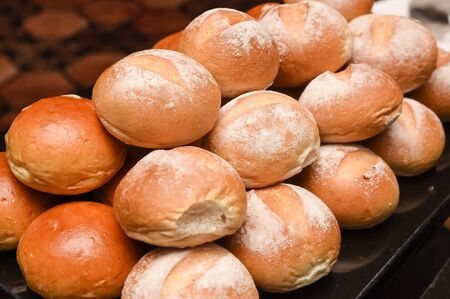 closedup: Fresh baked dinner rolls closed-up