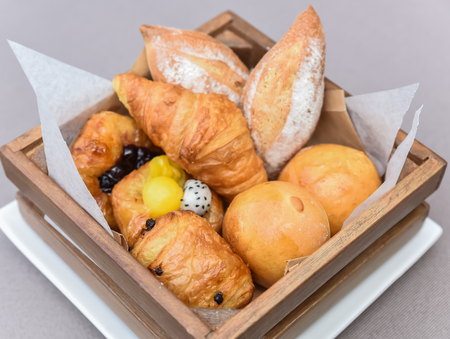 danish puff pastry: Croissants, buns and other puff pastry