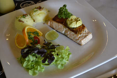 Salmon steak Stock Photo - 19937604