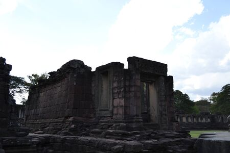 castle rock: NAKHON RATCHASIMA - Travel the old castle rock of Phimai Stock Photo