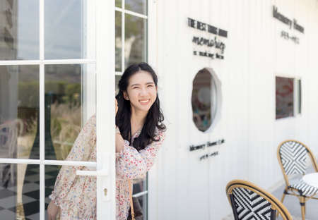Portrait of asian girl smiling and relaxed while on vacation.