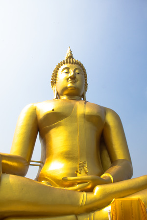 angthong: the big golden buddha in close up view is so beautiful.