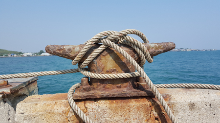 cleat: Mooring cleat and robe
