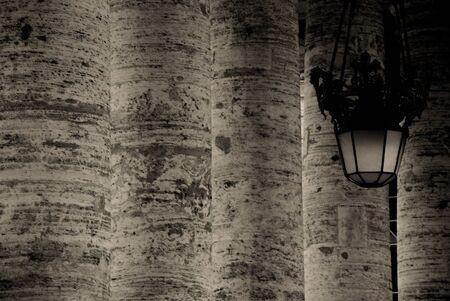spqr: Roma (colonnato del Bernini)