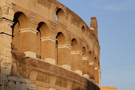 Rome (colosseo)