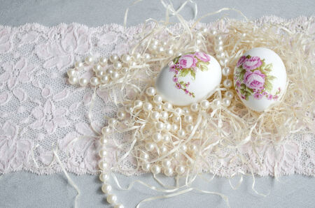 decoupage: Egg decoupage, lace and pearl