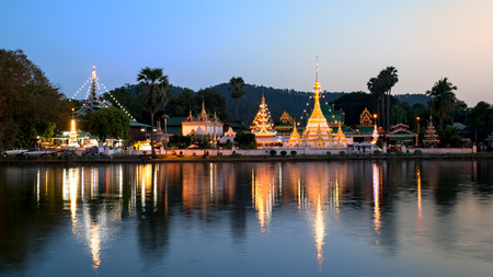 Wat Jongklang - Wat Jongkham the most favourite place for tourist in Mae hong son, Thailand