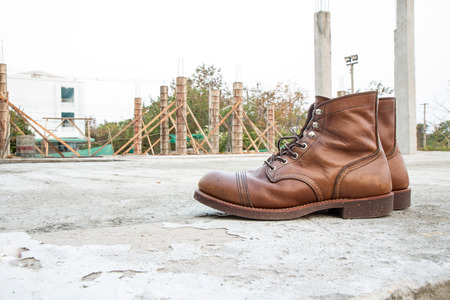 steel toe boots: safety boots and Industrial boots for construction