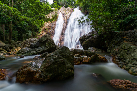 Namaung waterfall landscape on koh samui in Thailand Banco de Imagens