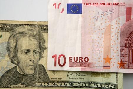 dolar: Dolar so với ghi chú euro, hình ảnh ẩn dụ tài chính Kho ảnh