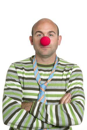 nez de clown: Acteur clown posant des nez de clown bras crois�s et cravate